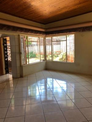 Sinoville, Pretoria, Townhouse to rent