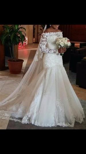 Wedding dress- Not worn,White size16