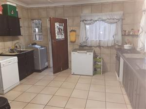 House to let in Edelweiss Springs Gauteng
