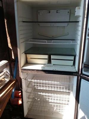 Very Large Fridge / Freezer