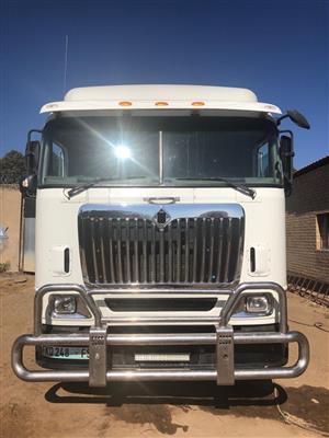 International Eagle 9800i D/D truck,Hydraulics