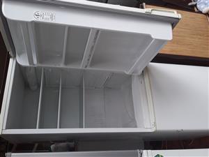 Defy fridge for sale amount 1800 rand