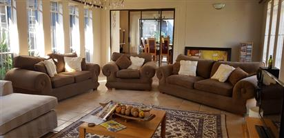 3 piece lounge suite in excellent condition comprising 1 x 3 seater, 1 x 2 seater and 1 x single seater