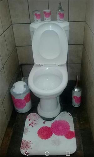 Pink floral toilet set for sale