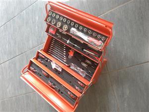 Stier 77 piece tool box set