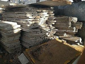 Second Hand Vibracrete Slabs 55 Total Take Poles Posts For Free Junk Mail