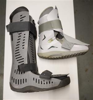 Crutches &  Walker Brace / Walking Boot / Moon Boot