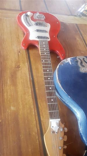Elektric Guitar with Amp