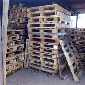 Solid wood pallets