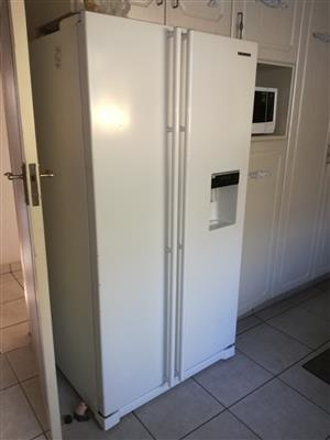 Double door samsung fridge