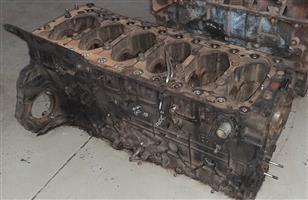 Nissan UD440 - GE13 engine block for sale!