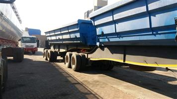 8 TRUCK AND SIDETIPPER TRAILER FOR HIRE