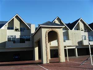 2 bedroom ground floor apartment in Gordons Bay