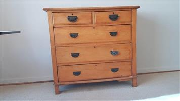 YELLOW WOOD - CHEST OF DRAWERS