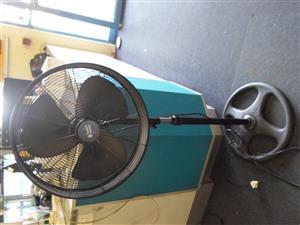50W Russel Hobbs Fan