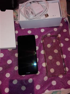 Huawei P smart with box
