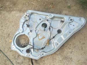 polo 9n right rear window mechanism