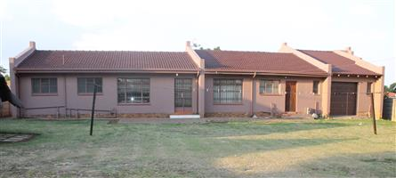 3 Bedroom House to Rent in Sharon Park