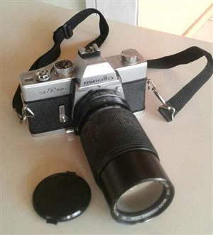Minolta SRT101b with Vivitar Lens