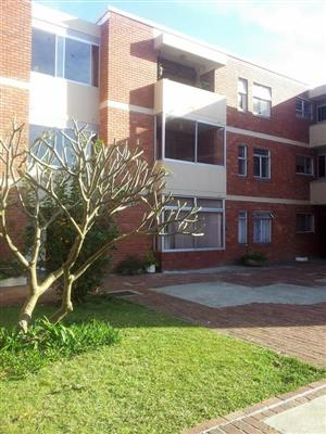 Beautiful 2 bed apartment for rent in Diep River