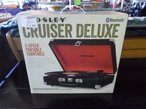 Crosley Cruiser Deluxe 3-Speed Portable Turntable