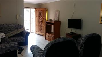 student accommodation semi furnished  Menlyn