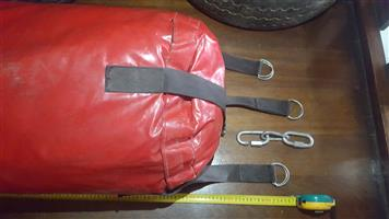 MMA PUNCHING BAG FOR SALE.