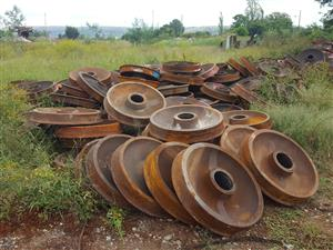 34 or 36 inch 150 Ton Wheel Centres - Uitenhage - ON AUCTION