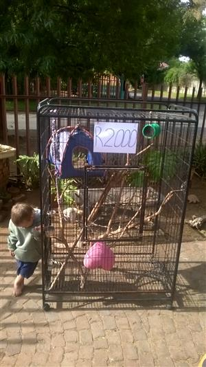 Big parrot/monkey cage for sale