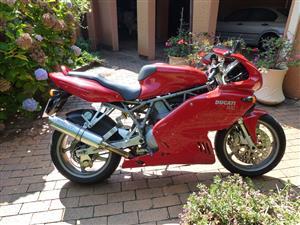 2002 Ducati 900