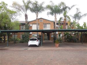 TO RENT - BACHELOR APARTMENT, RIETFONTEIN MOOT TO RENT R3700.00 P/M