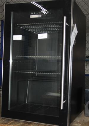 Kelvinator bar fridge S037674A #Rosettenvillepawnshop