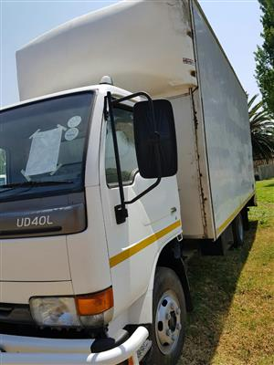 2011 Nissan UD40 Closed body truck for sale