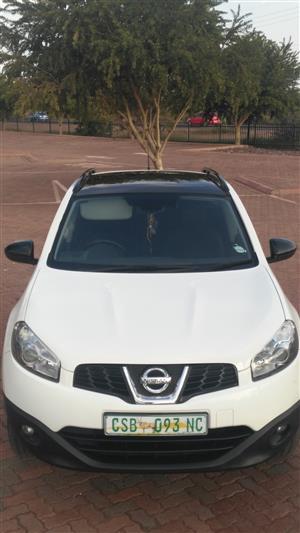 2013 Nissan Qashqai+2 2.0 Acenta