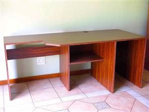 Writing Desk / Computer Desk for your Home Office