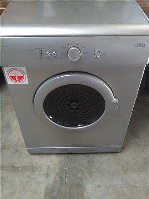 Defy Silver tumble Dryer