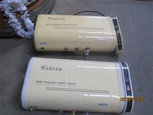 Pre-owned Harver split magnetic 30 letiter geysers  for sale in good condition