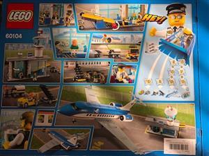 LEGO City   Airport Terminal (60104)