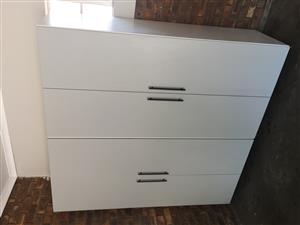 New loose standing bedroom cupboards for sale