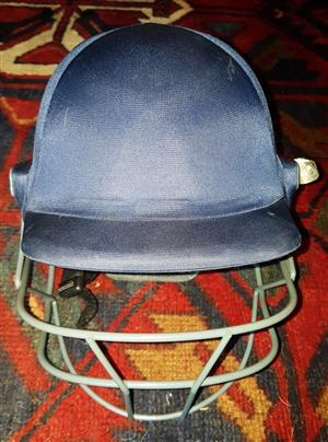 SHREY Junior Cricket Helmet - Protect Your Child - Excellent Condition - New Price R 800