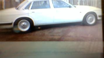 1989 Jaguar XJ8
