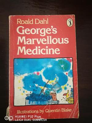 8 Roald Dahl books for sale