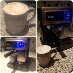 Koffie masjien en mikrogolf