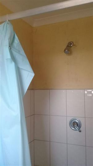 ROOM FOR RENT IN BLOCK VV R1200 PM SOSHANGUVE OPPOSITE CROSSING MALL
