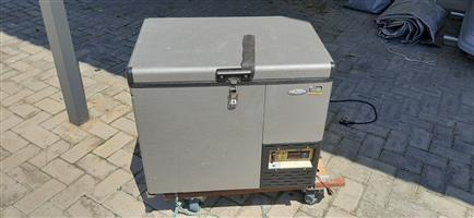 Camping fridge freezer National luna