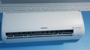 SAMSUNG 12000 btu invertor indoor aircon