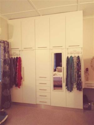 Erol kitchen cupboards