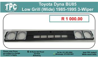 Toyota Dyna BU85 Low Grill (Wide) 1985-1995 3-Wiper For Sale.