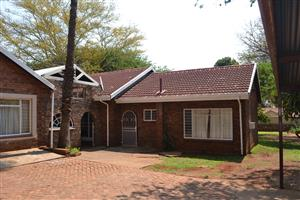 4 bedroom, 2 bathroom house to rent in pretoria north