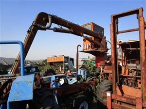 Trailer Mounted Crane- ON AUCTION